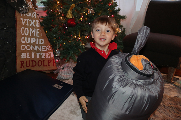 Inspiring kids: Collecting sleeping bags for homeless people